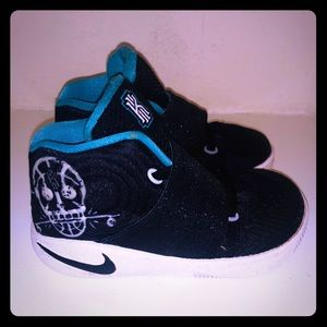 Nike Kyrie 2 TD Toddler Kids Basketball Shoes
